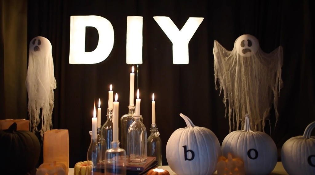 DIY Creepy Halloween Decoration