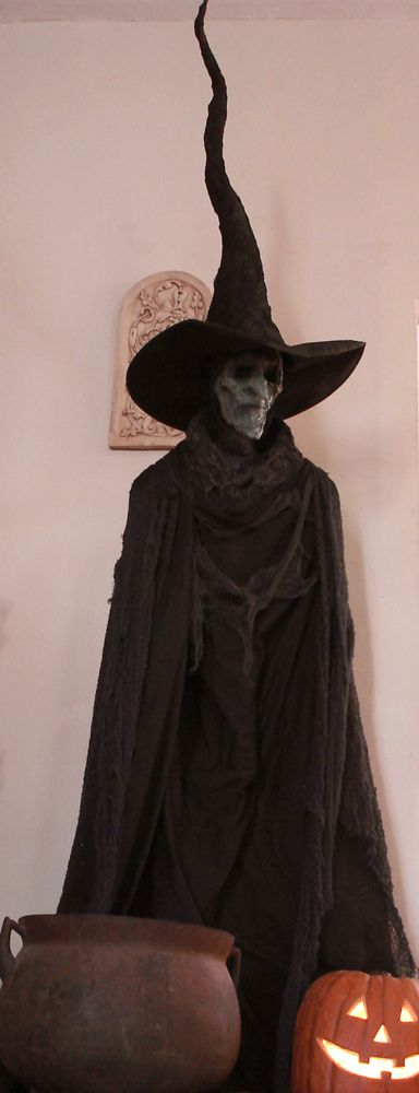 Diy Large Standing Witch Prop