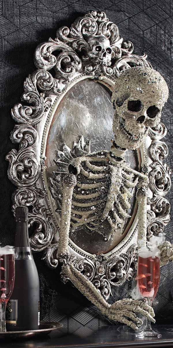 Halloween Skeleton in The Mirror Decor