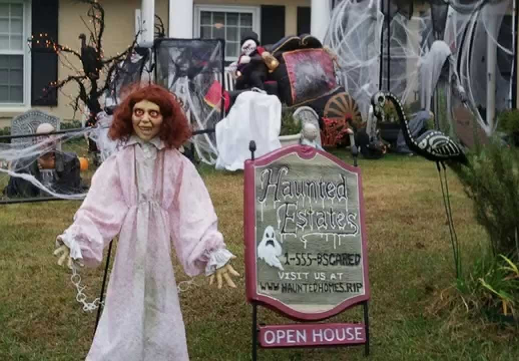 Scary Outdoor Decorations