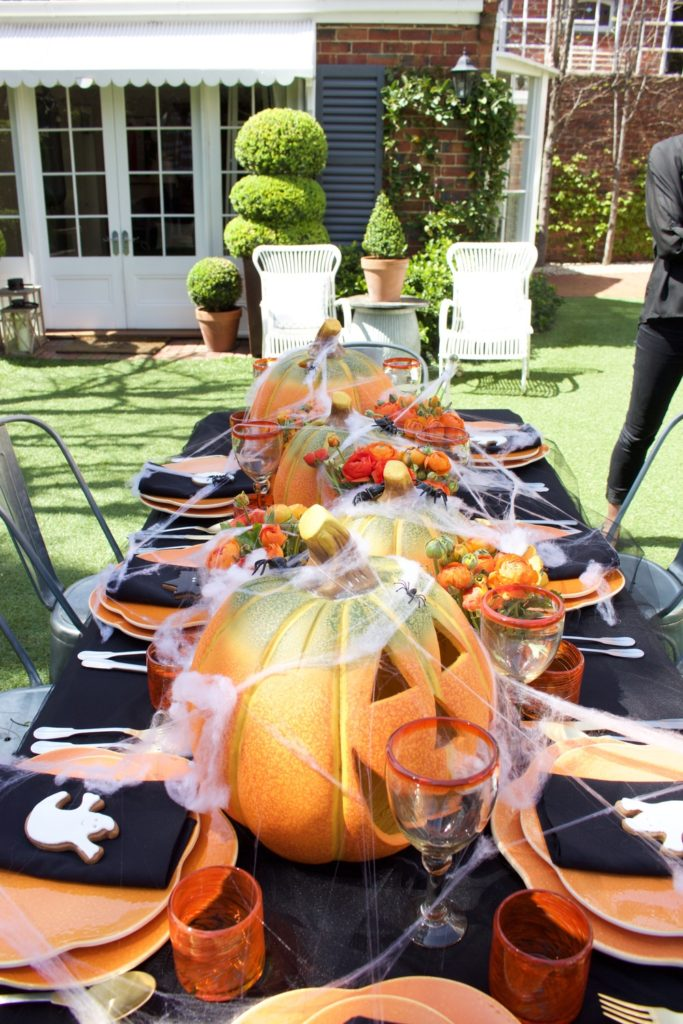 Terrifyingly Good Halloween Dinner Table