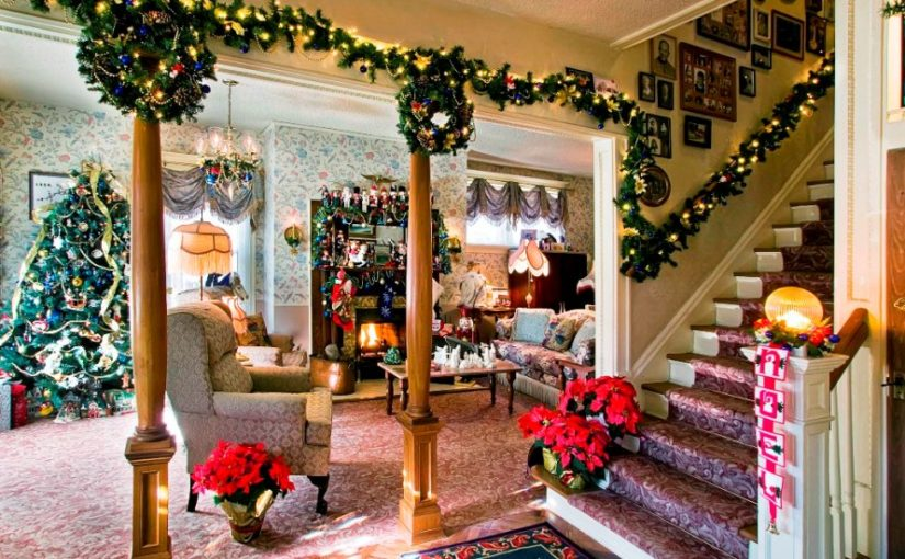 beautiful christmas stairs decoration ideas