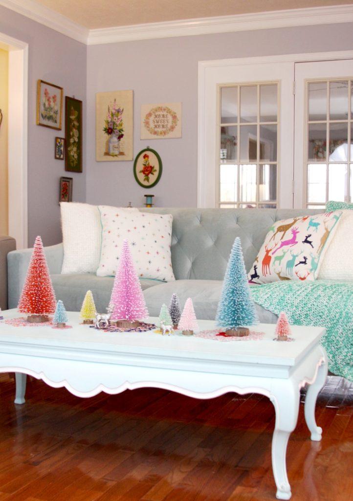christmas-living-room-decorating-ideas-13
