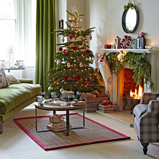 Red Ornaments For Living Room: 30 Best Christmas Living Room Decorating Ideas