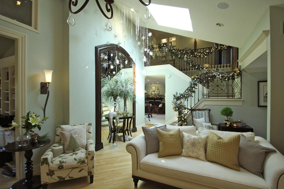christmas-transitional-living-room-design