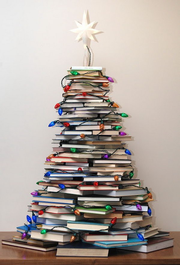 creative-christmas-tree-with-books