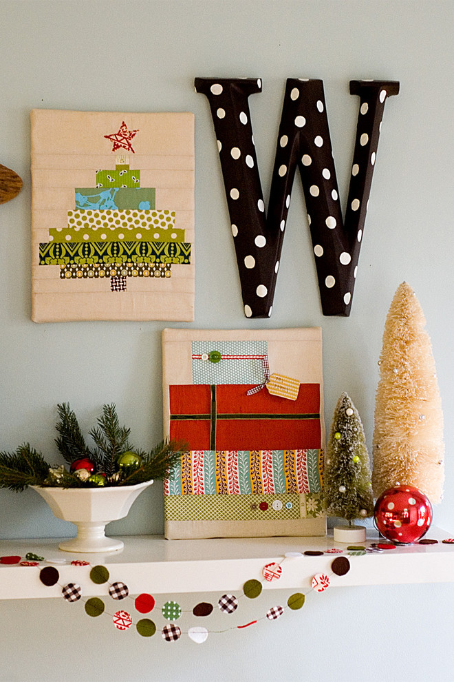 eclectic-style-living-room-christmas-decoration