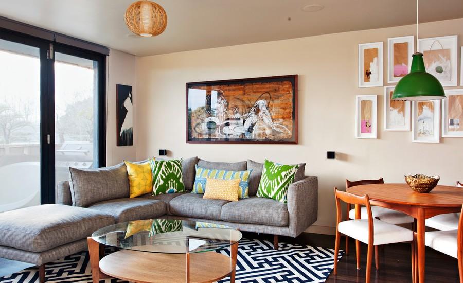 small-midcentury-living-room