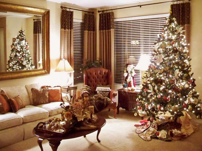 21 unique christmas decoration ideas - Christmas living room decor ...