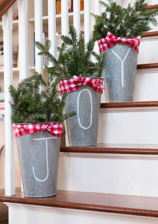 diy-tree-buckets