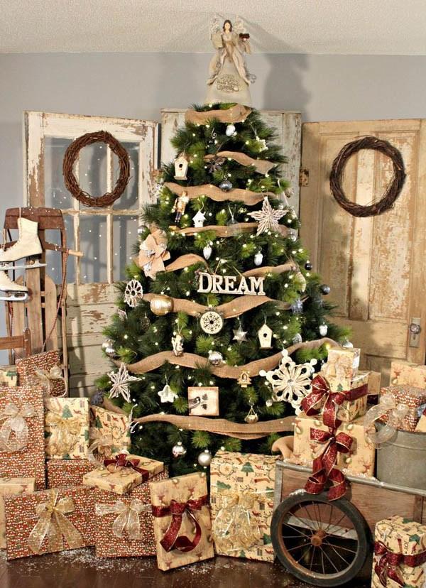 Elegant Christmas Trees Decoration Ideas 16
