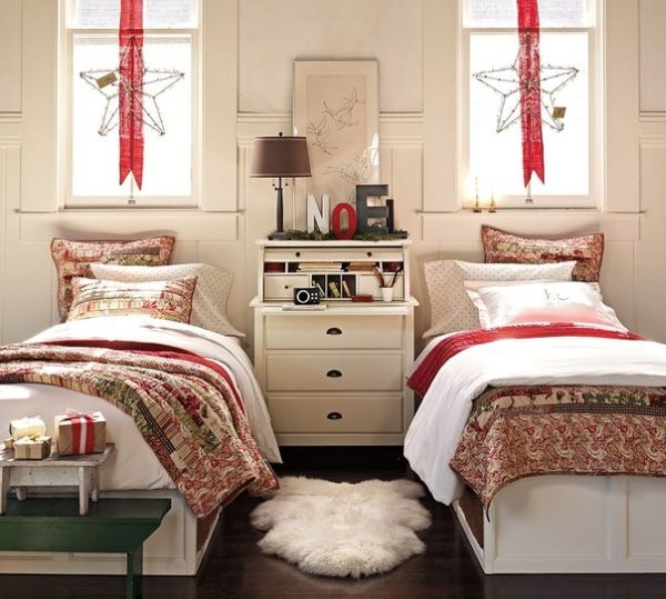 christmas-bedroom-decoration-22 & 25 Christmas Bedroom Decorations Ideas