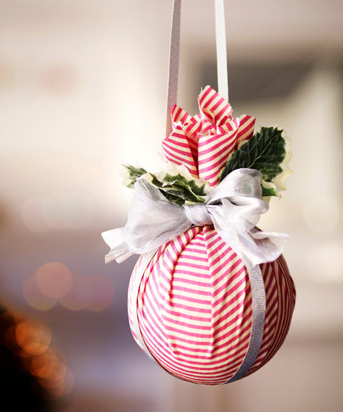 diy-christmas-ball-crafts & 15 DIY Christmas Decorating Ideas