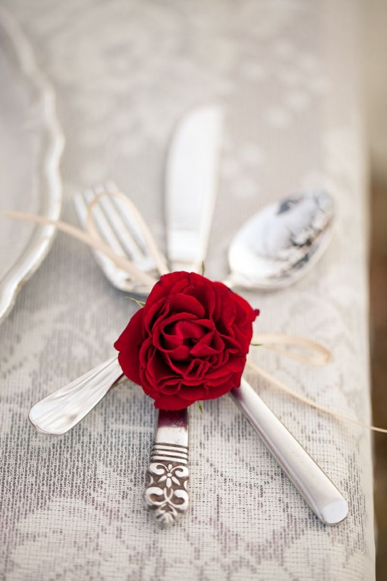 fresh-red-valentines-day-decoration-ideas-18