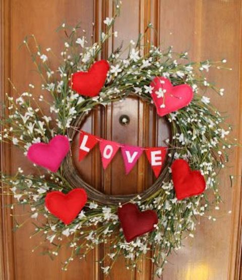 unique-outdoor-valentine-decor-ideas-19