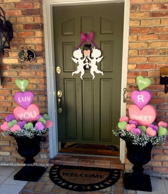unique-outdoor-valentine-decor-ideas-2