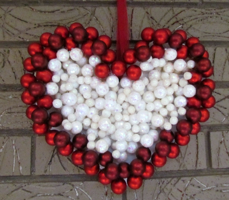 unique-outdoor-valentine-decor-ideas-25