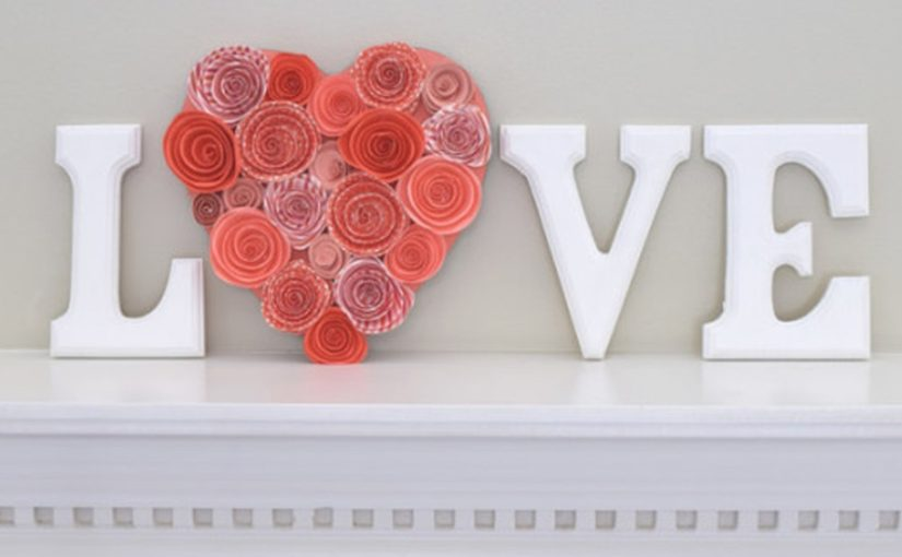 31 Unique Outdoor Valentine Decor Ideas