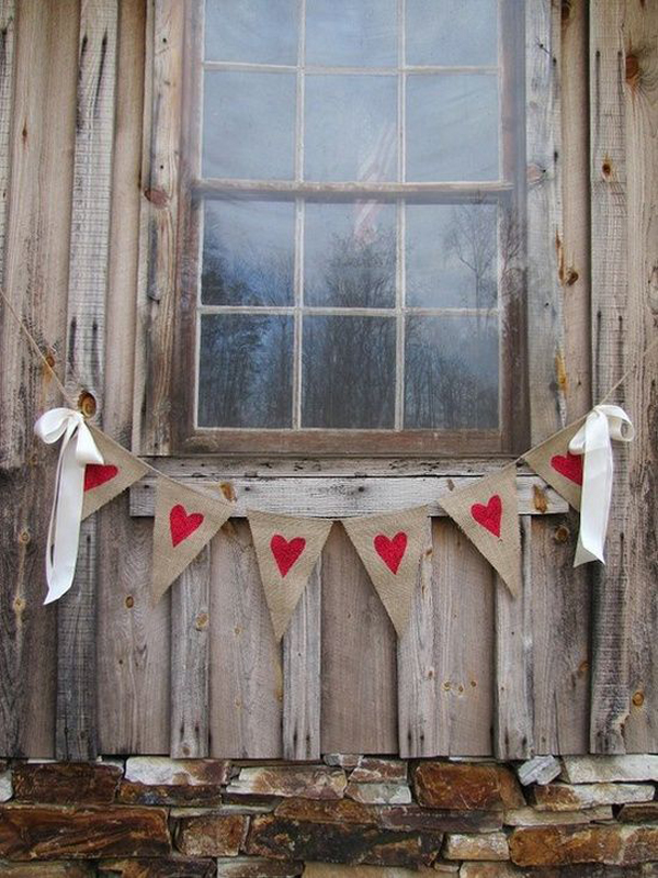 unique-outdoor-valentine-decor-ideas-31