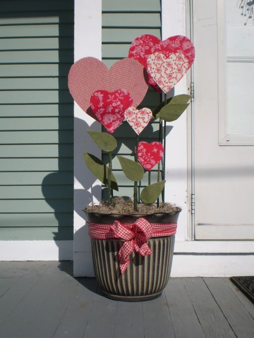 unique-outdoor-valentine-decor-ideas-5
