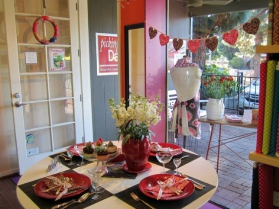 valentines-day-dinining-decoration-ideas-25