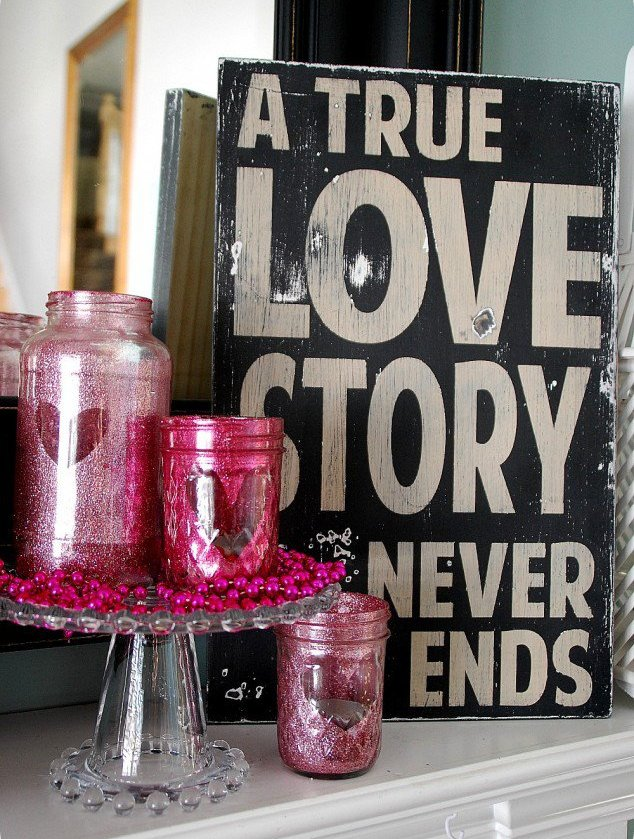 valentine-glitter-mason-jar