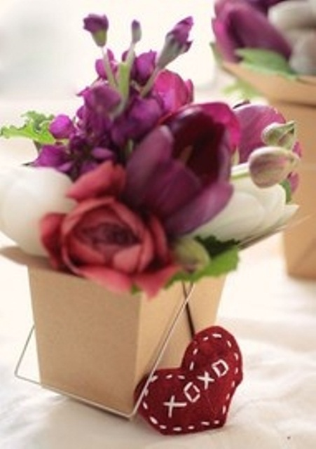 valentines-day-floral-arrangement-ideas-29
