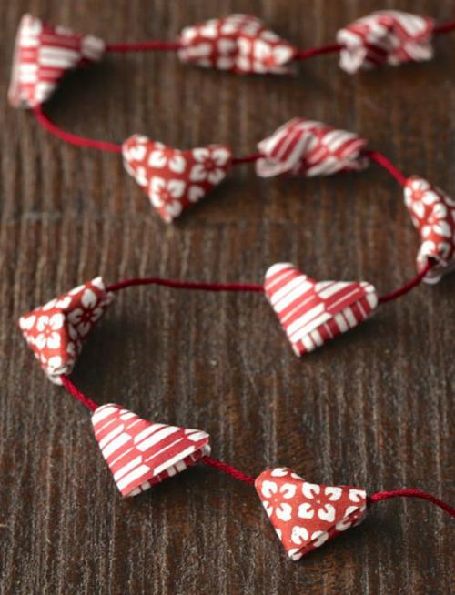 origami-heart-garland