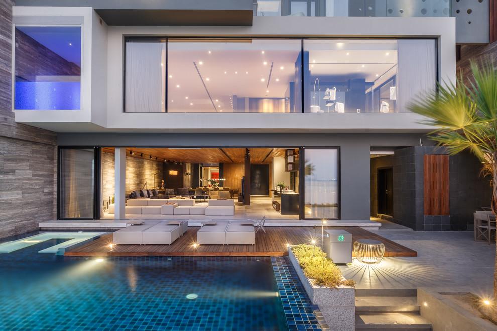 Contemporary Backyard Deck Design