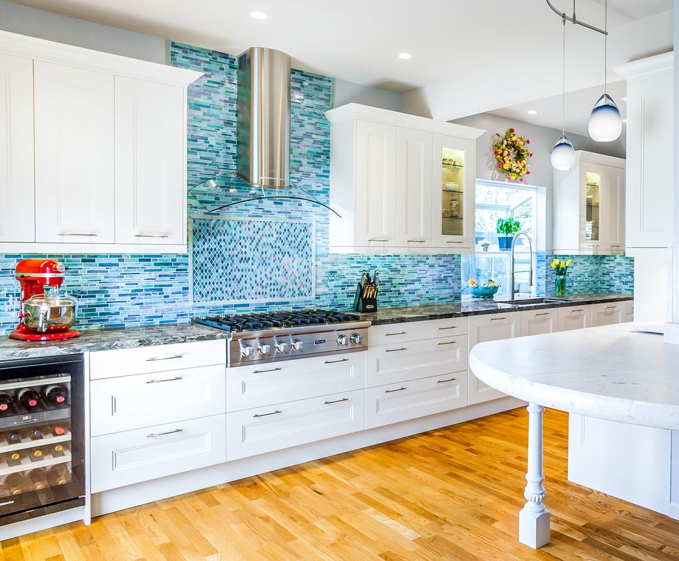Beach Style Kitchen Pantry Design