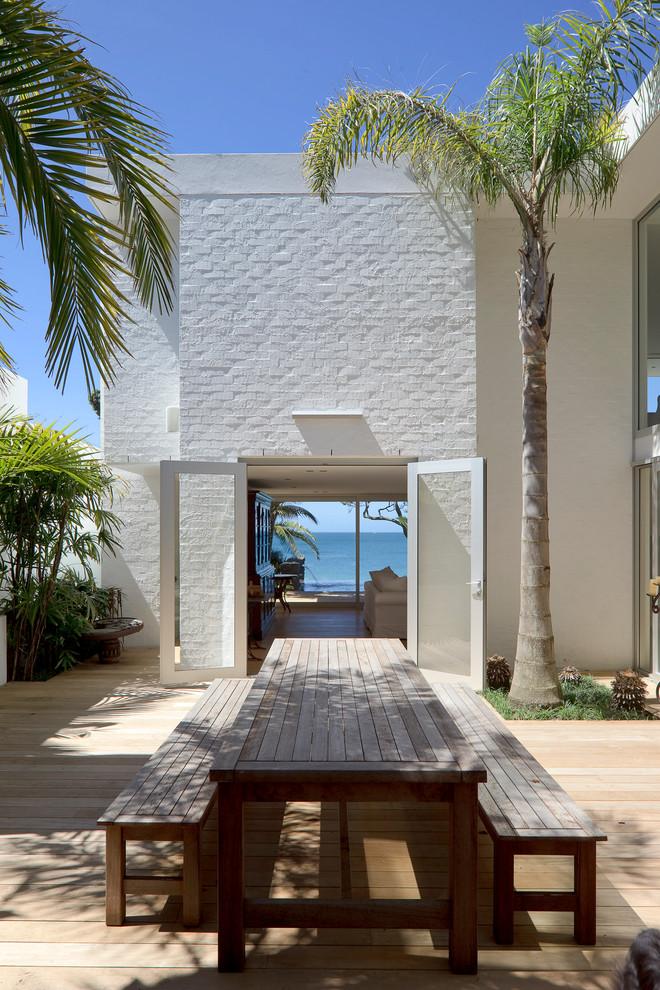 Wooden Contemporary Patio Design