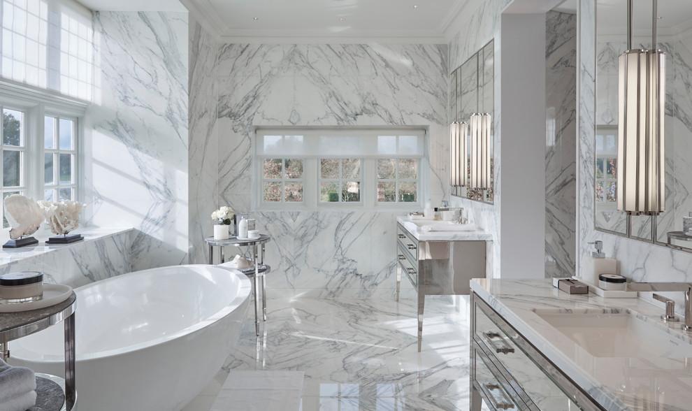 Trendy Contemporary Master Bathroom
