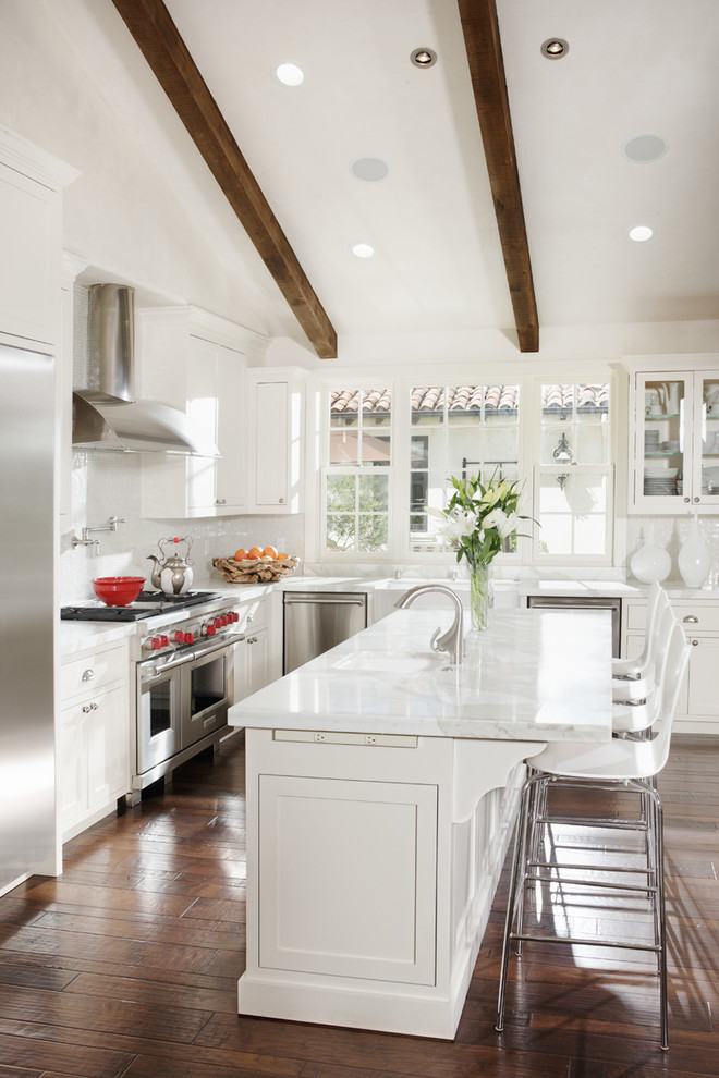 21 beautiful all white kitchen design ideas All white kitchen ideas