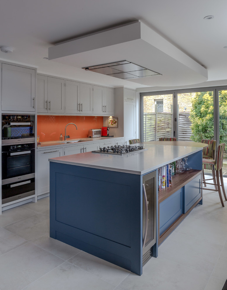 Transitional Eat-In Kitchen