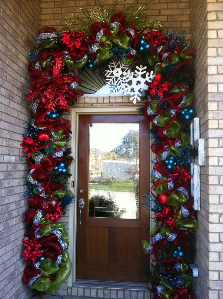 Christmas Door Decoration & 35 Front Door Christmas Decorating Ideas