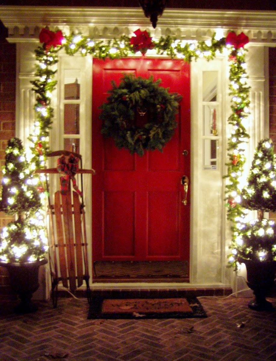 DIY Outdoor Christmas Decorating Ideas for Porch