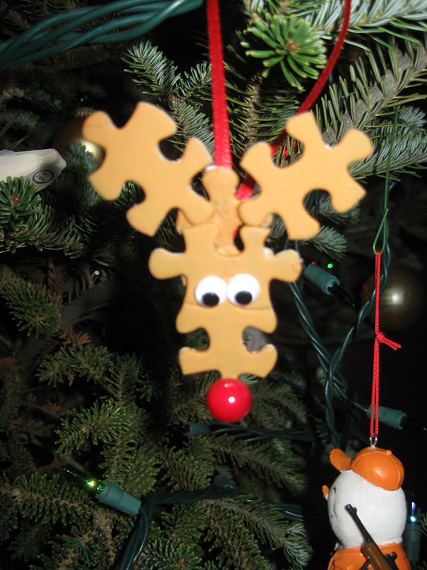 DIY Puzzling Rudolph