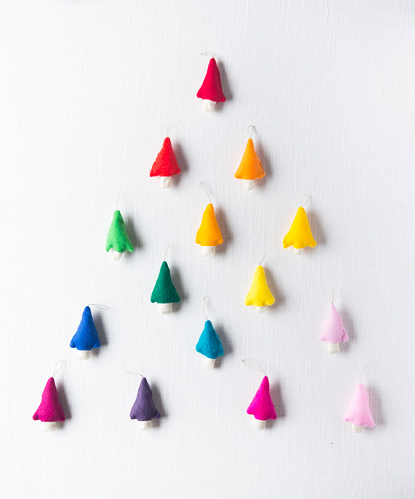 DIY Rainbow Felt Tree Ornaments