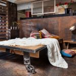 21 Bold Industrial Bedroom Design Ideas