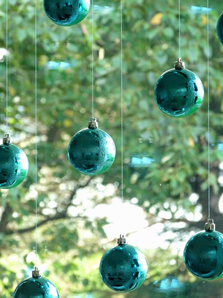 Diy Window Decor With Christmas Ornaments