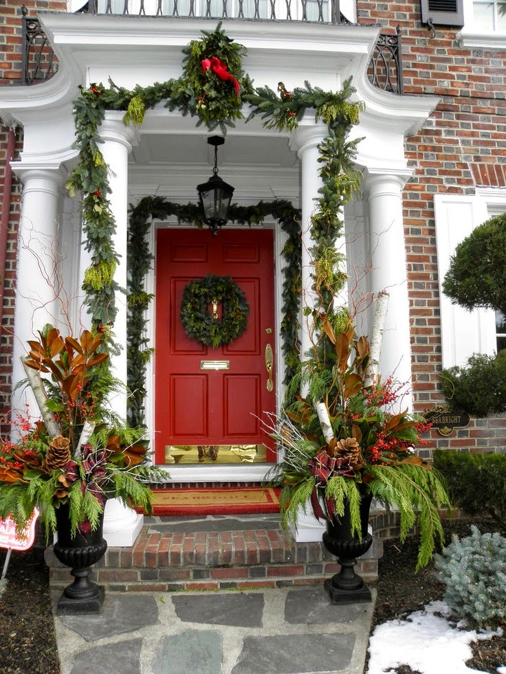 Entry Porch Christmas Decorating Ideas