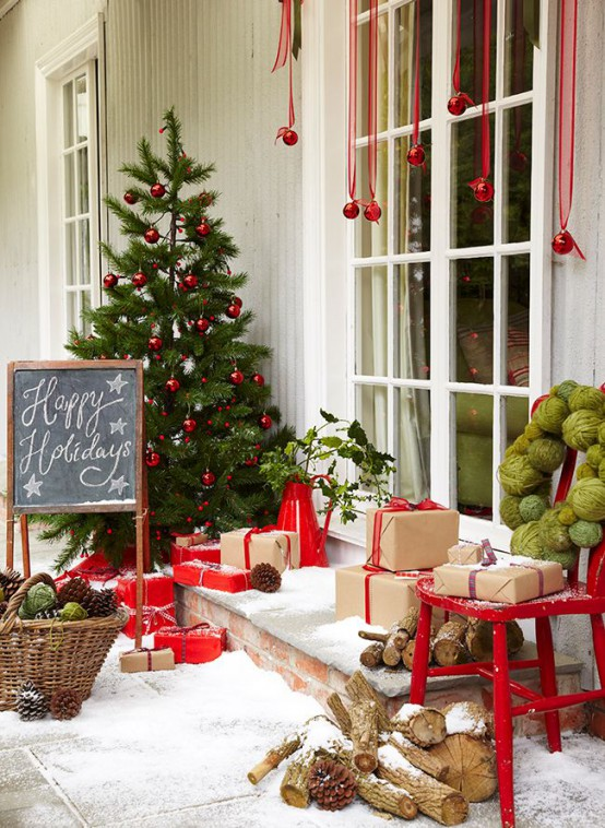 Front Door Christmas DecorIdeas