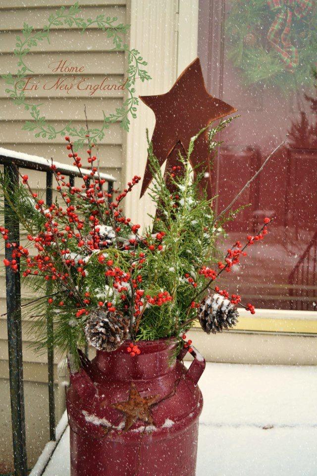Rustic Outdoor Christmas Decorating Idea