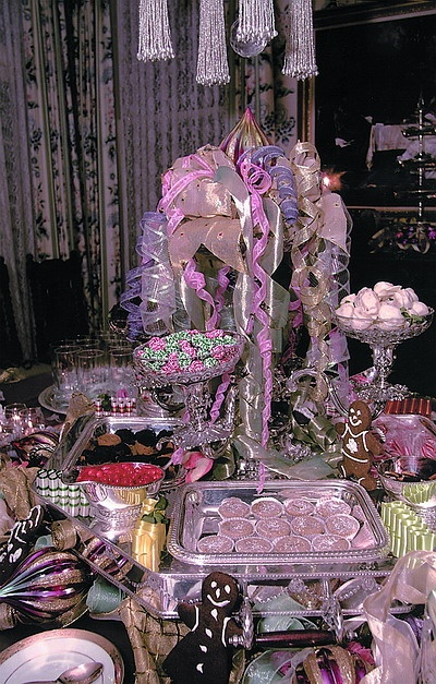 Christmas Party Buffet Table Decorations