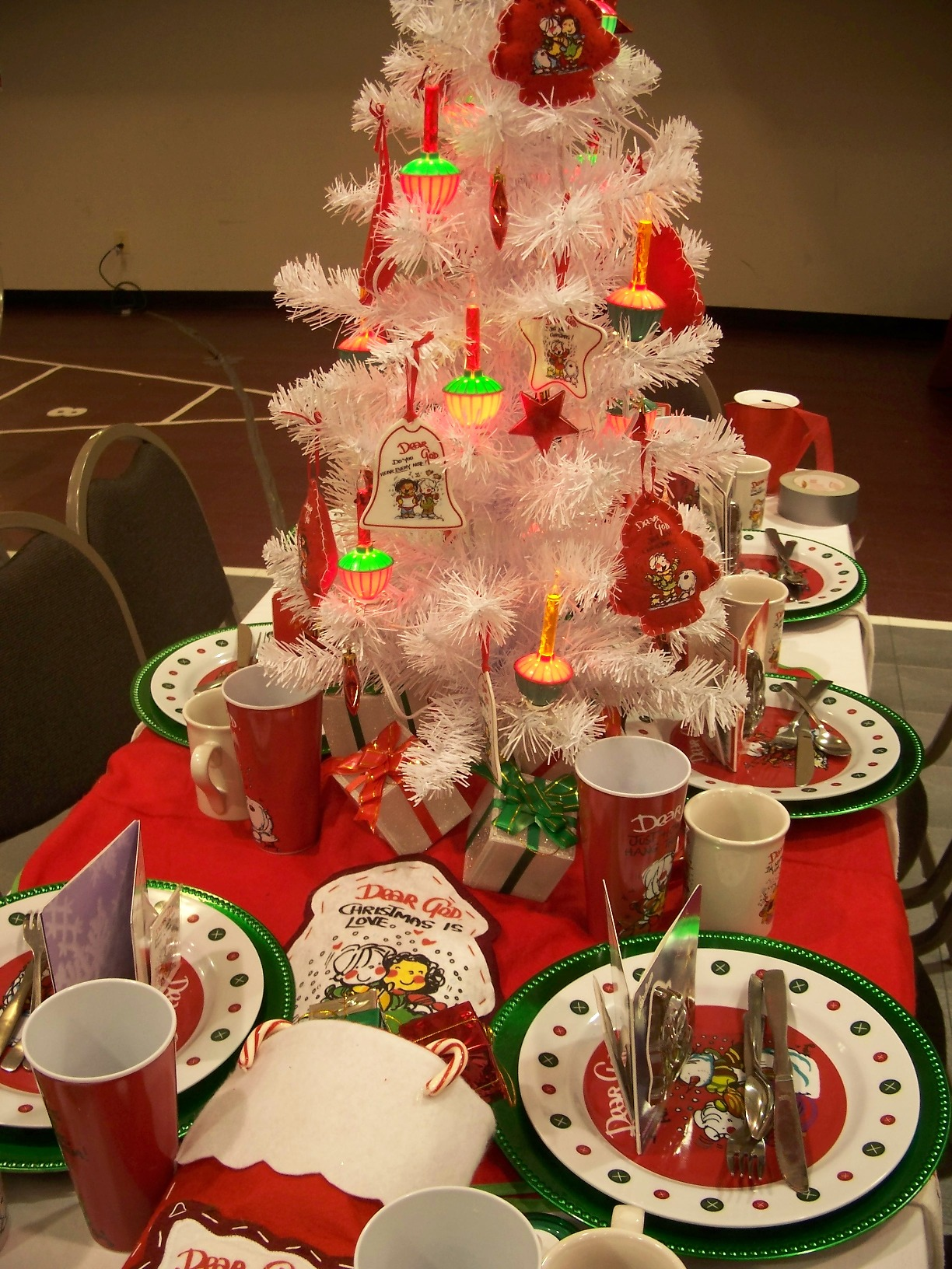 Small Christmas Party Ideas Part - 48: Christmas Party Table Decorations Centerpieces Ideas