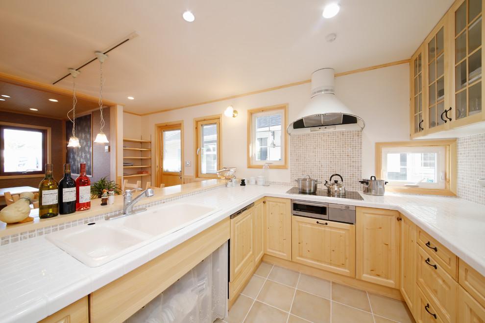 Craftsman Style U shaped Kitchen