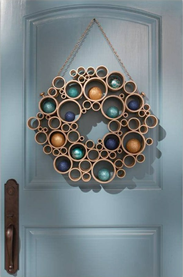 DIY PVC Pipe Wreath