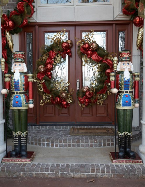 Double Front Doors Christmas Decorating Ideas