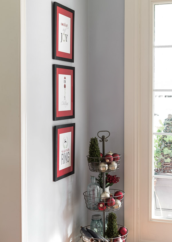 Free Printable Christmas Wall Art DIY