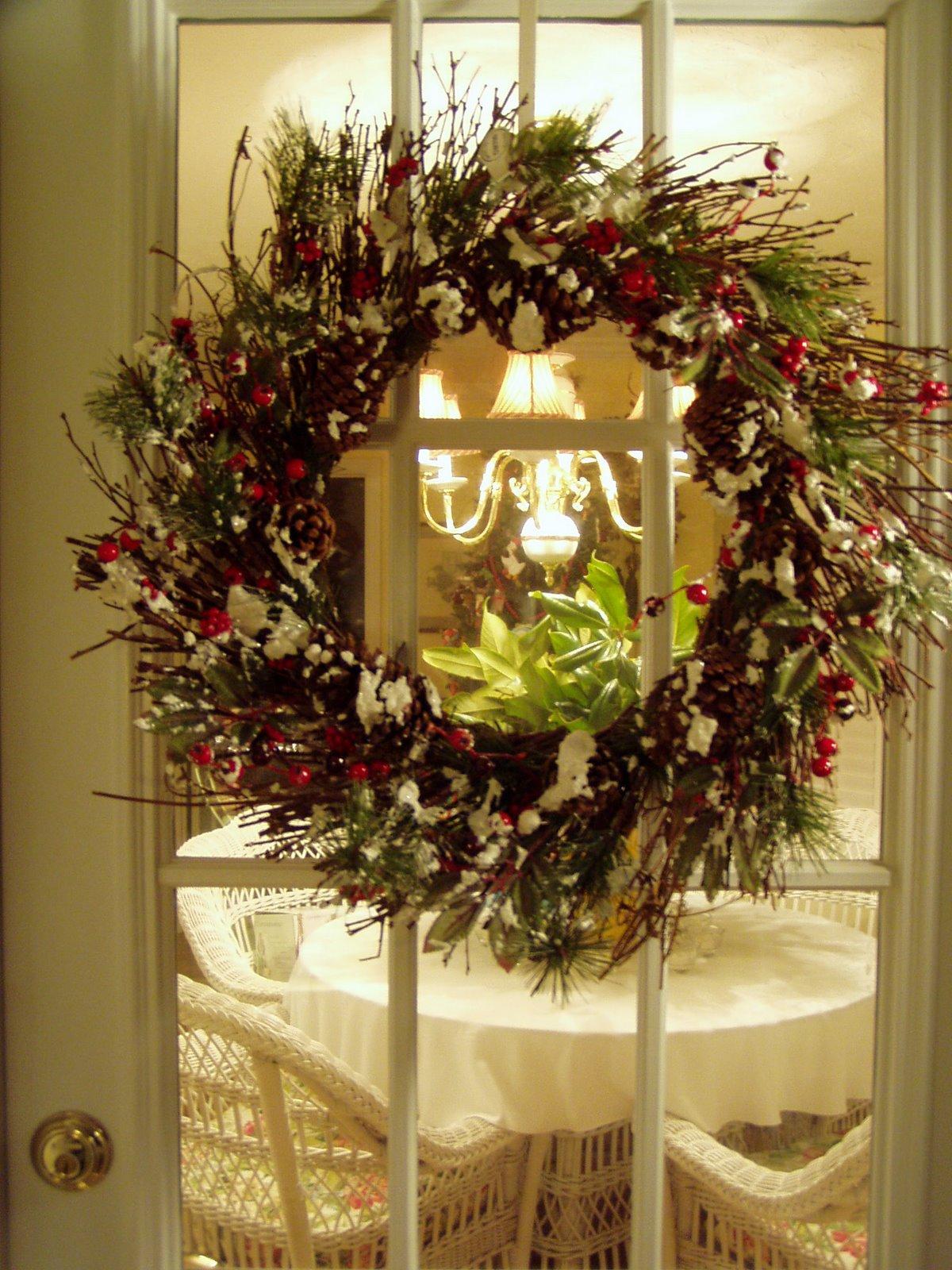 Idea for Front Door Christmas Wreath